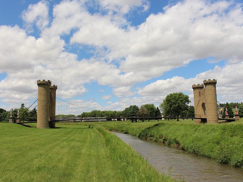 ida-dir-castles-golfcourse-bridge-2-800x600