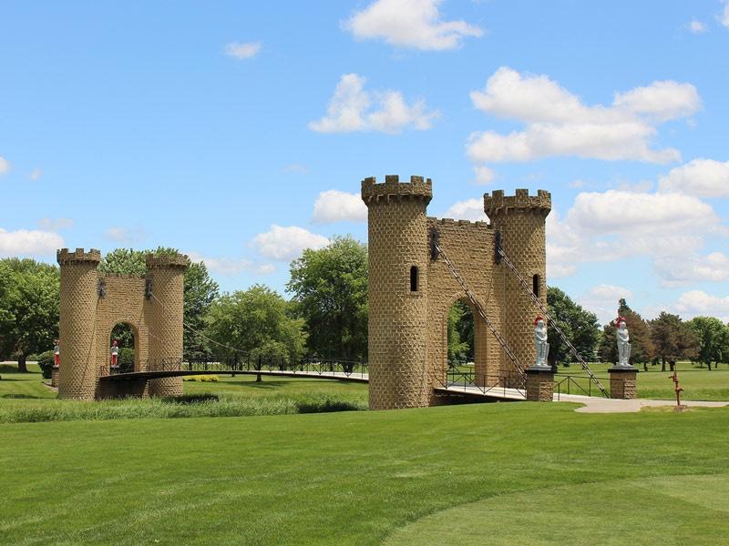 ida-dir-castles-golfcourse-bridge-4-800x600