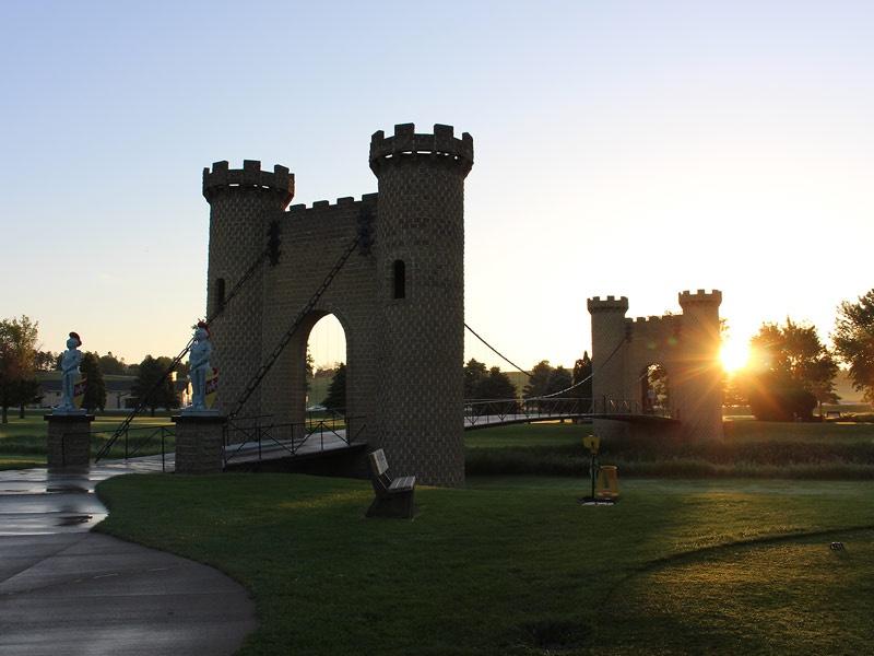 ida-dir-castles-golfcourse-bridge-5-800x600