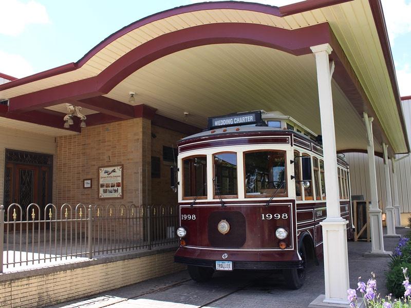 ida-dir-gomaco-trolley2-800x600